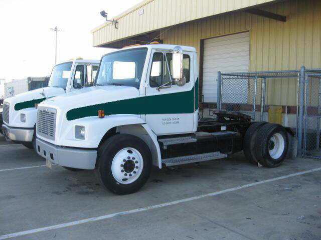 1999 Freightliner FL 80