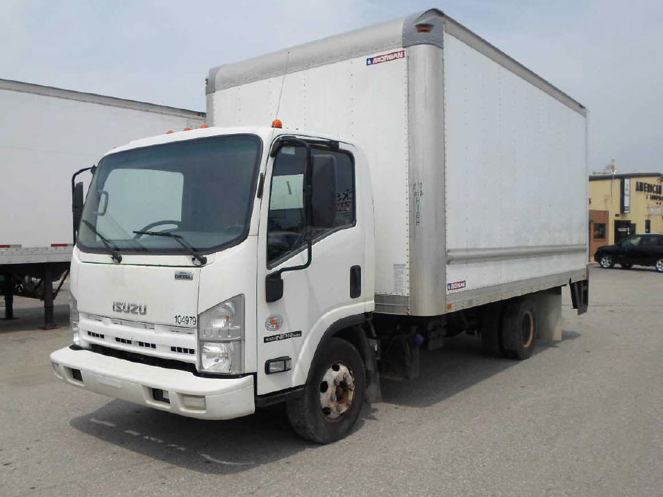 USED 2011 ISUZU NPR HD BOX VAN TRUCK #550665
