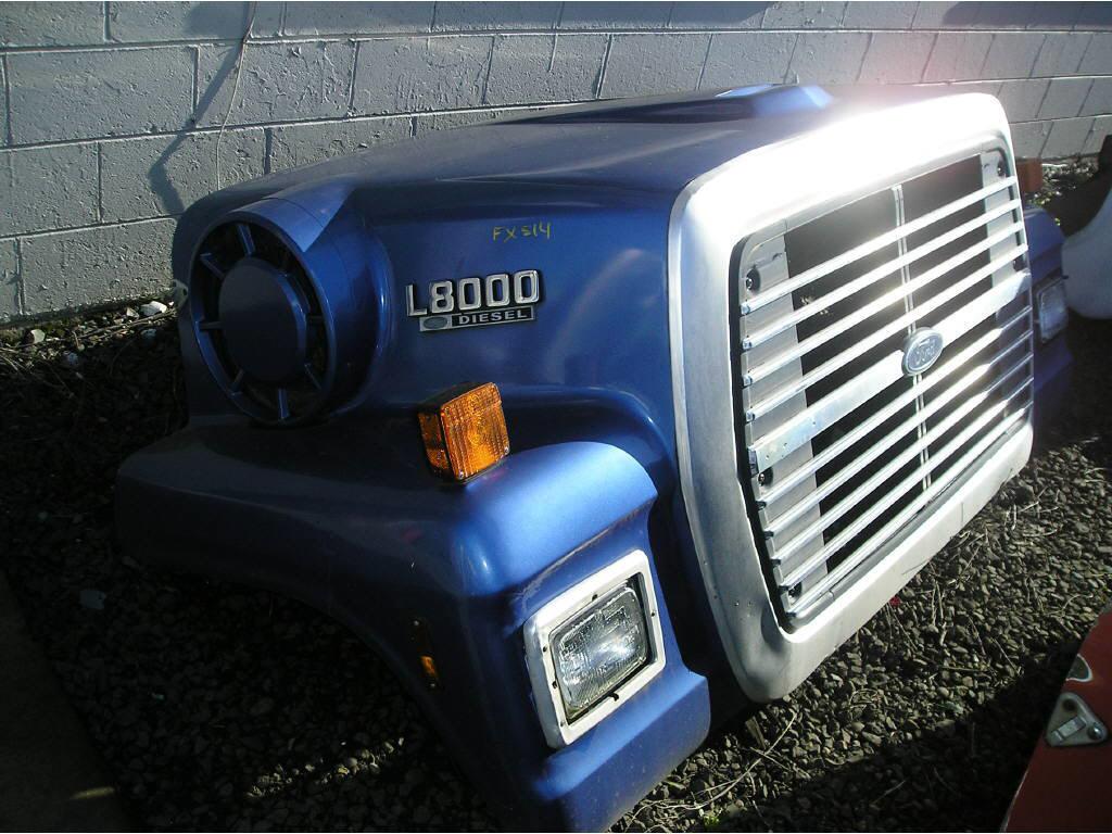 1988 Ford L8000 Hood