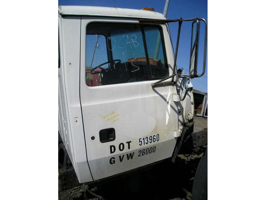 1992 Ford L8000 RH DOOR O