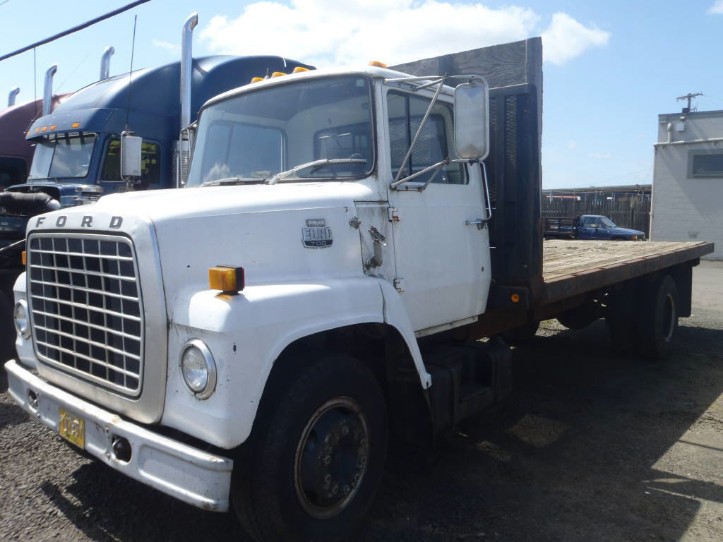1982 Ford F700