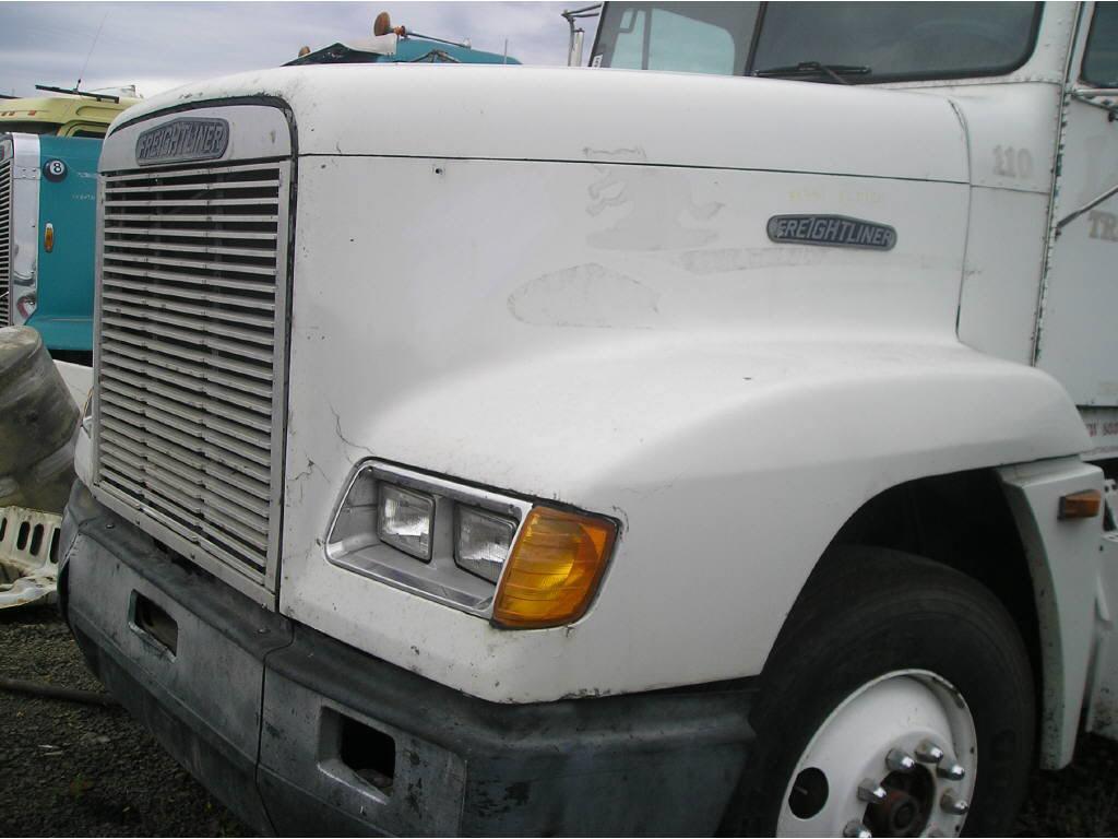 1999 Freightliner FLD120 HOOD ONL