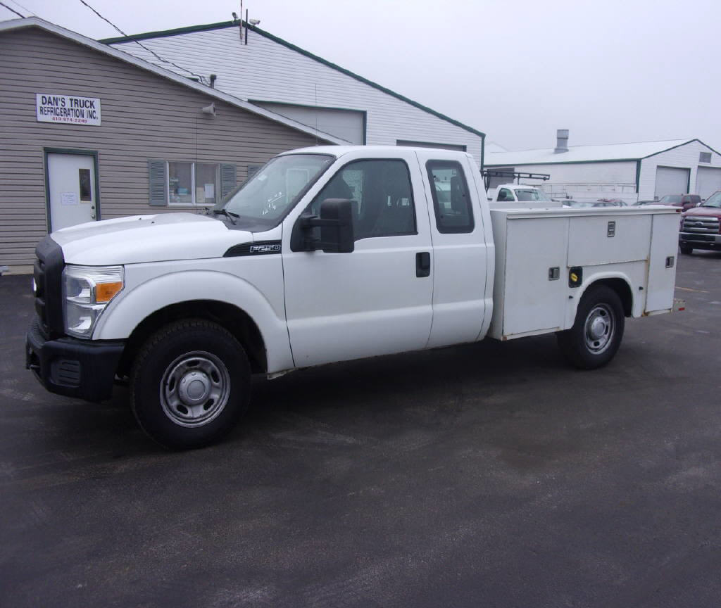 2011 Ford F250 4X2