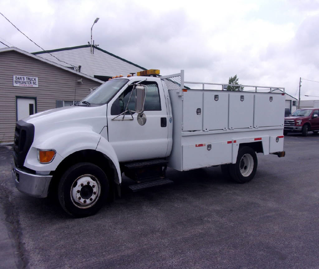 2007 Ford F650 LP