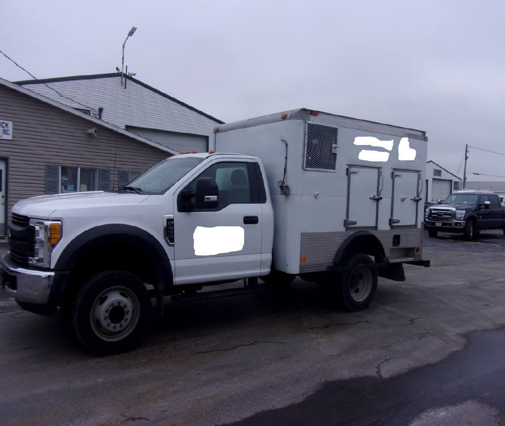 2017 Ford F450 4X2