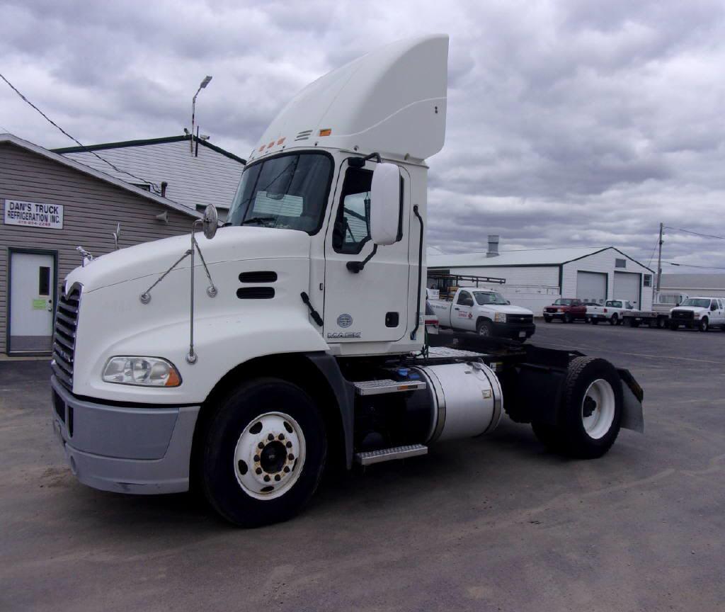 2015 Mack CXU612