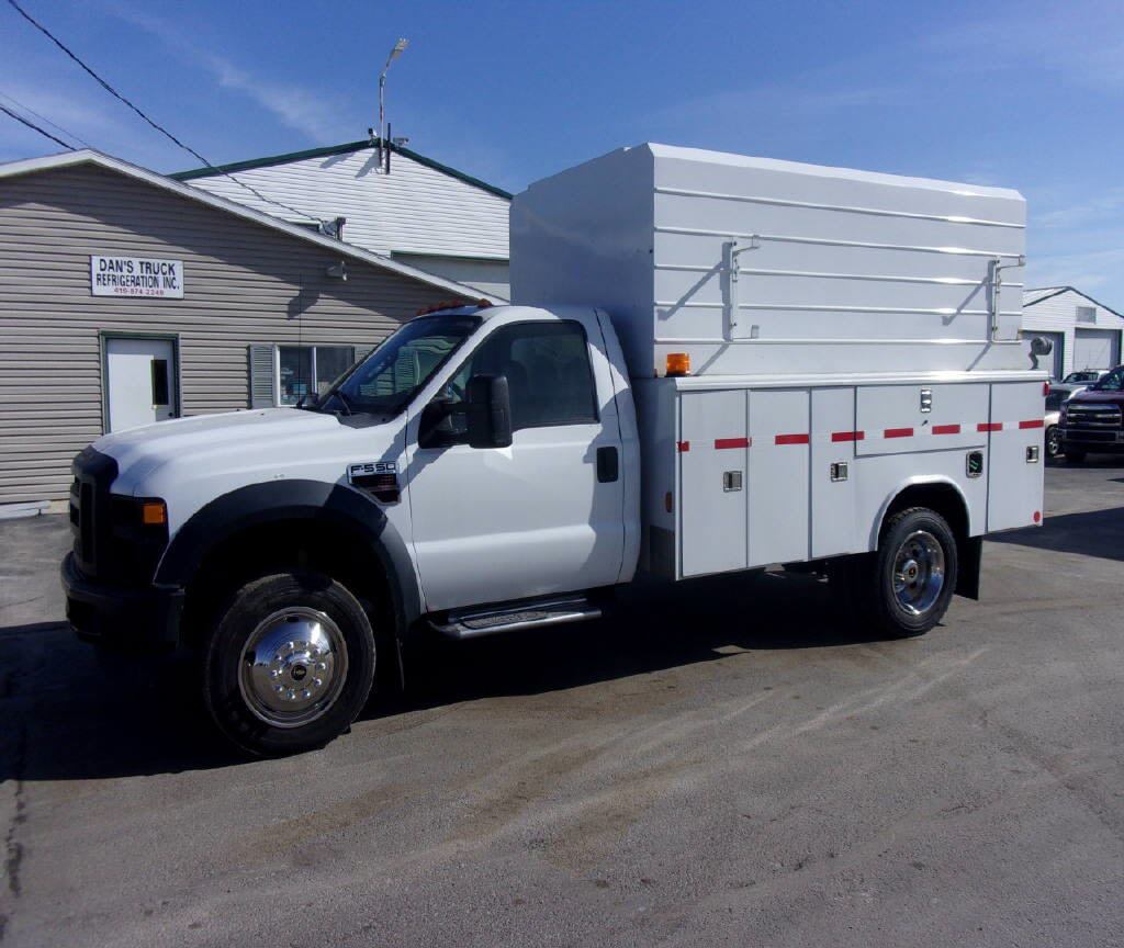 2008 Ford F550 4x2
