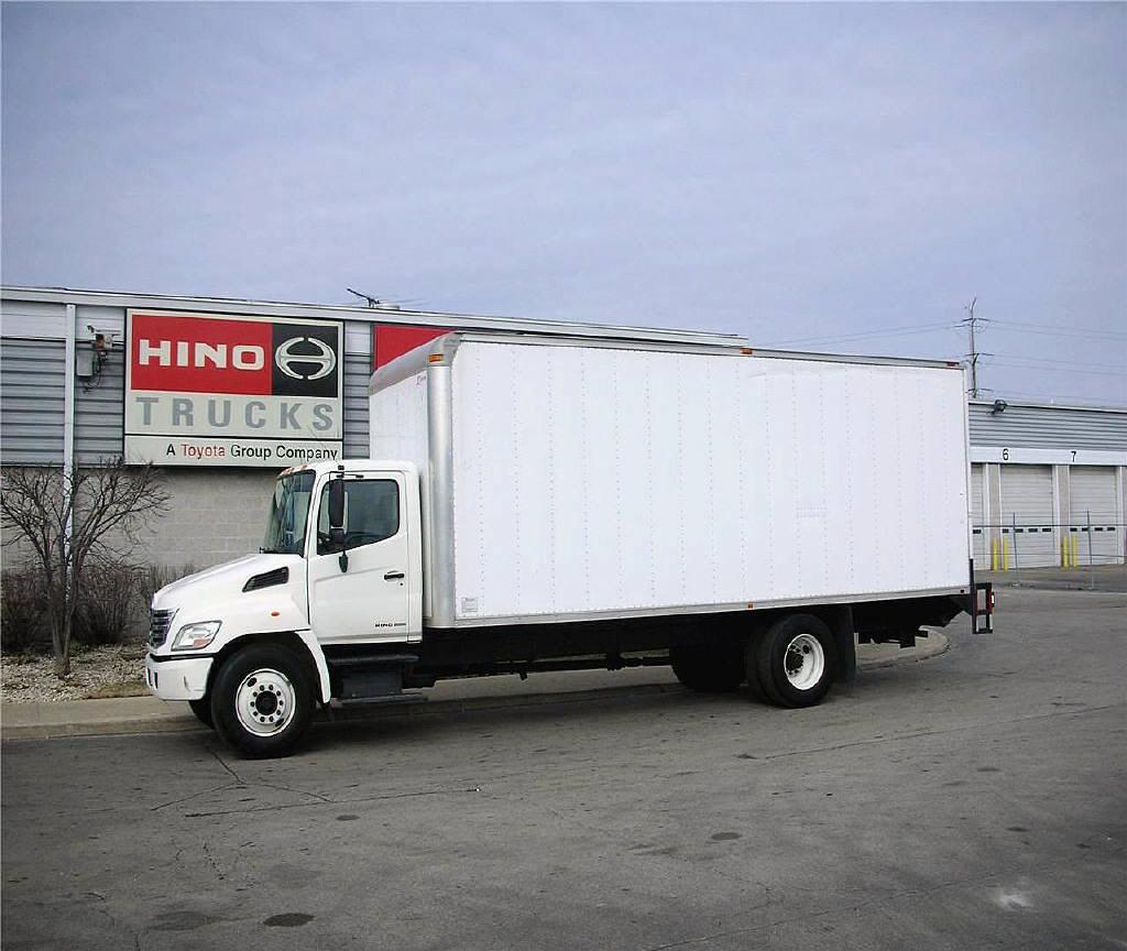 2007 HINO 268