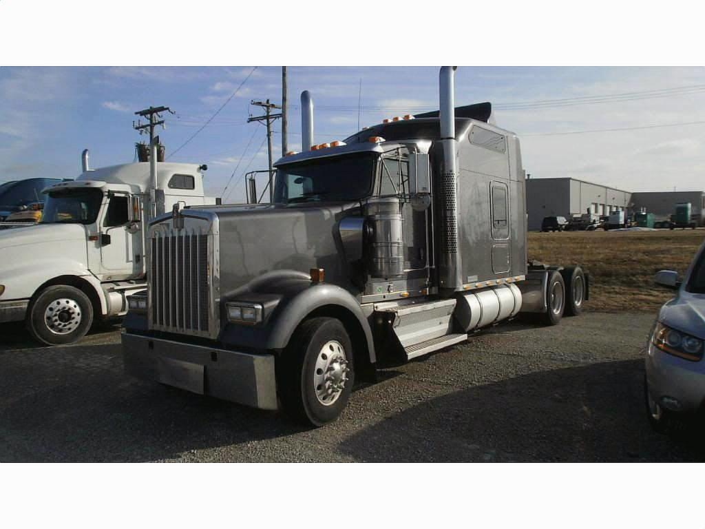 2008 Kenworth W900B