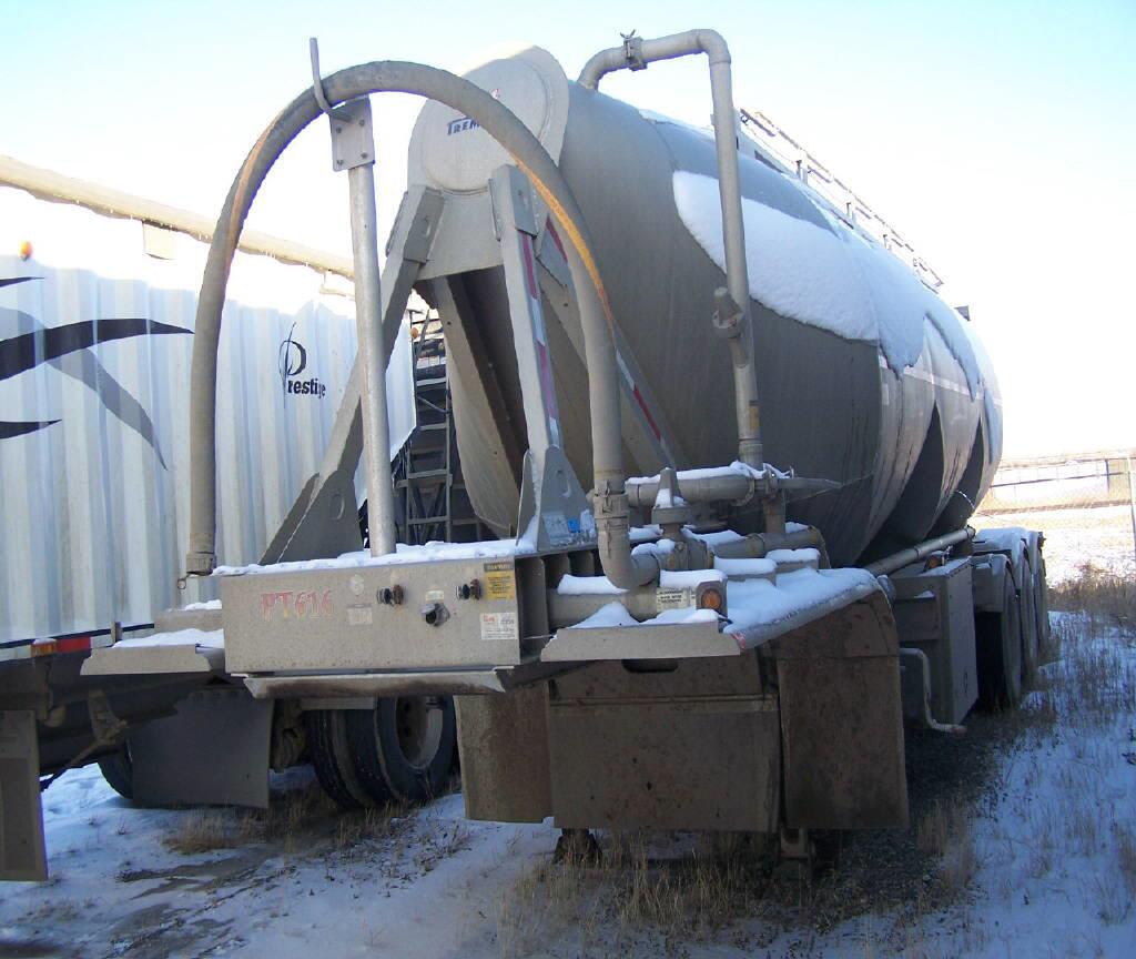 2015 Tremcar Cement bulker