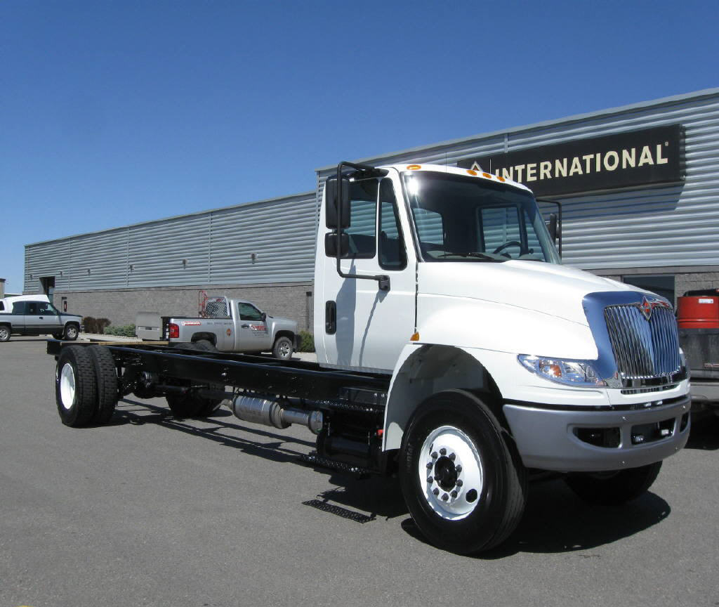2017 International 4300 SBA 4x2