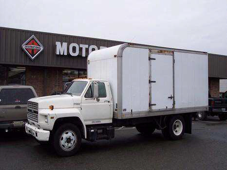 1989 Ford F600