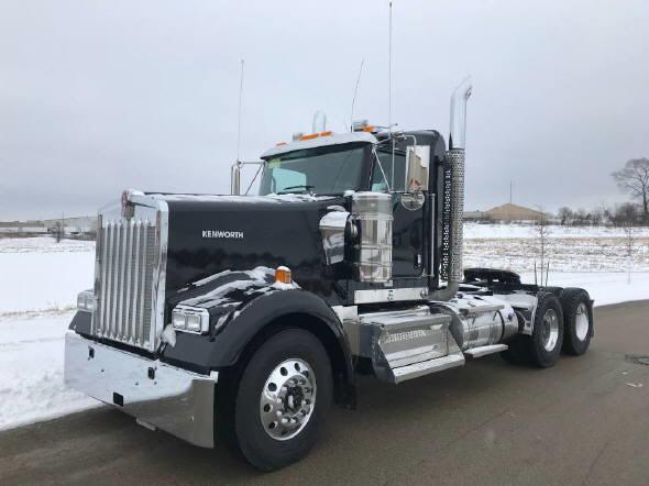 2021 Kenworth W900
