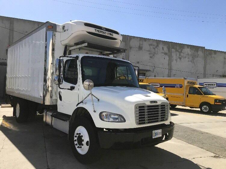 2015 Freightliner M2 W/18' REEFER