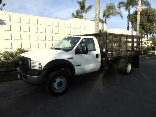 2007 Ford F-550  STAKEBED