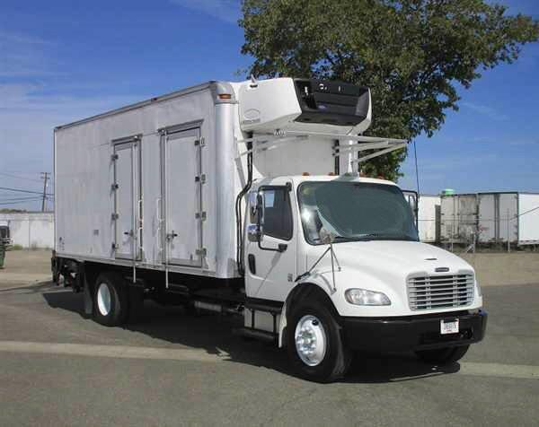 2014 Freightliner M2 W/22' REEFER