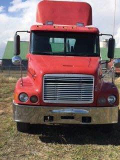 2000 Freightliner C120