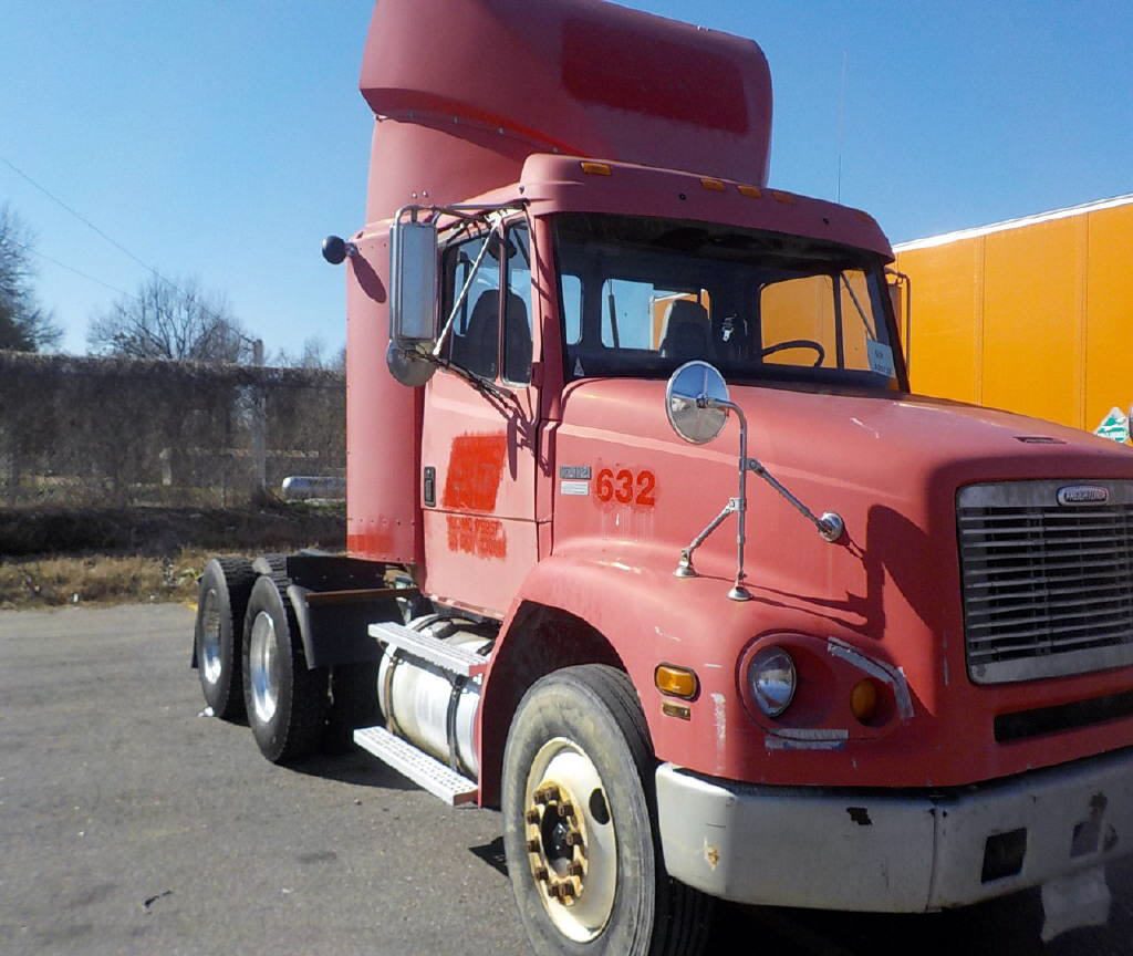 USED 1999 FREIGHTLINER FL11264ST DAYCAB TRUCK #72677