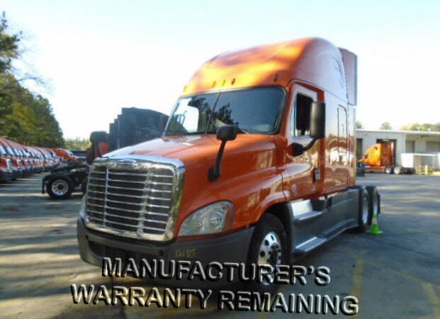 USED 2014 FREIGHTLINER CASCADIA SLEEPER TRUCK #75179