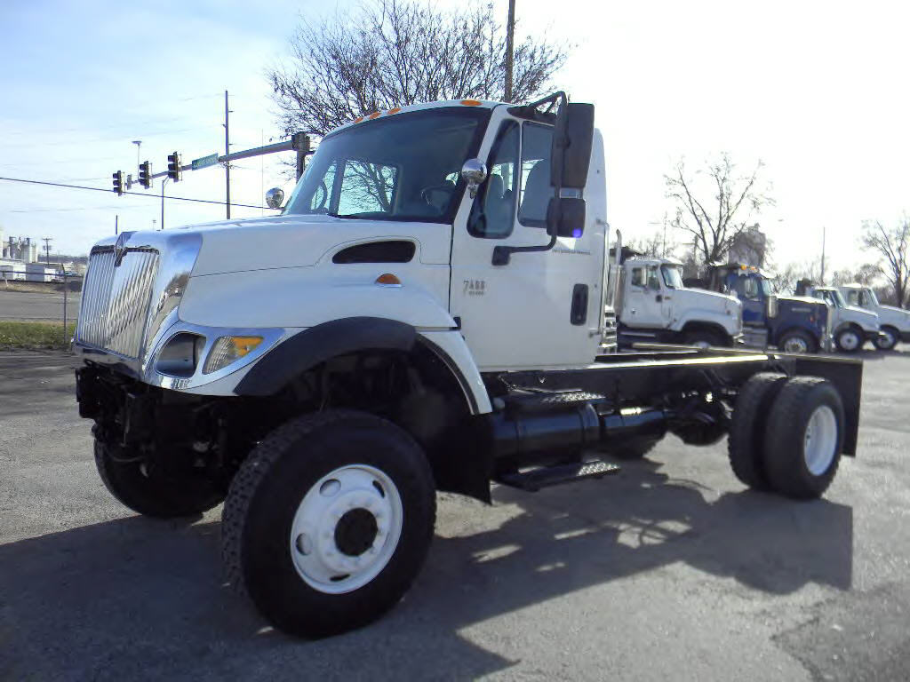2005 International 7400