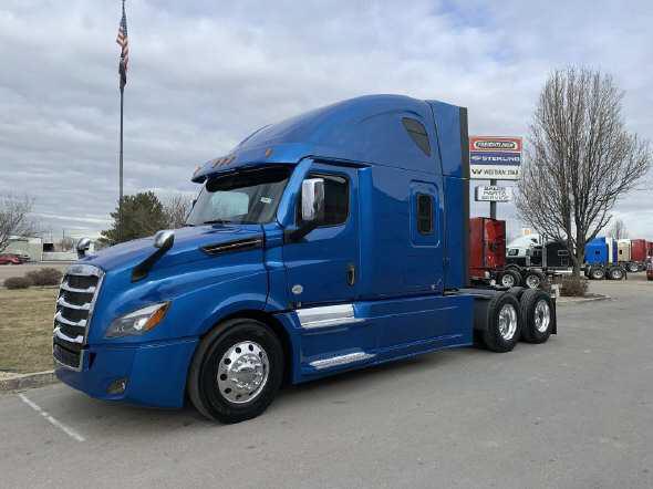 2021 Freightliner New Cascadia